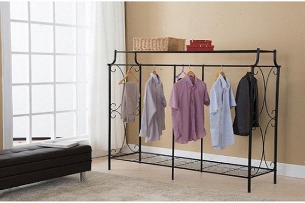 Phơi quần áo trong nhà